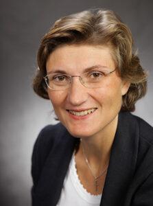 Michaela Dippon D. O. ® Physiotherapeutin, Heilpraktikerin, Osteopathin